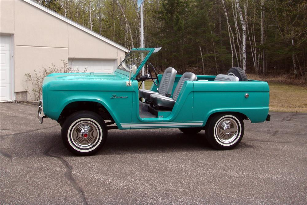 1966 FORD BRONCO ROADSTER - Side Profile - 161935
