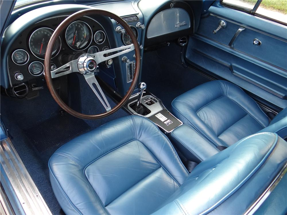 1965 CHEVROLET CORVETTE 2 DOOR COUPE - Interior - 161937