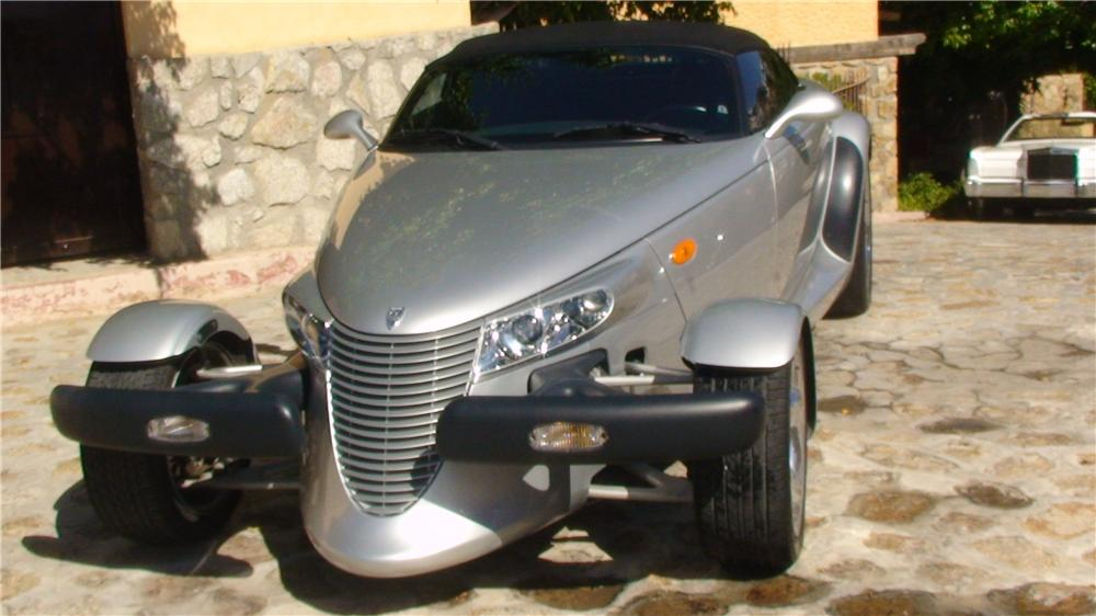 2000 PLYMOUTH PROWLER CONVERTIBLE - Front 3/4 - 161954