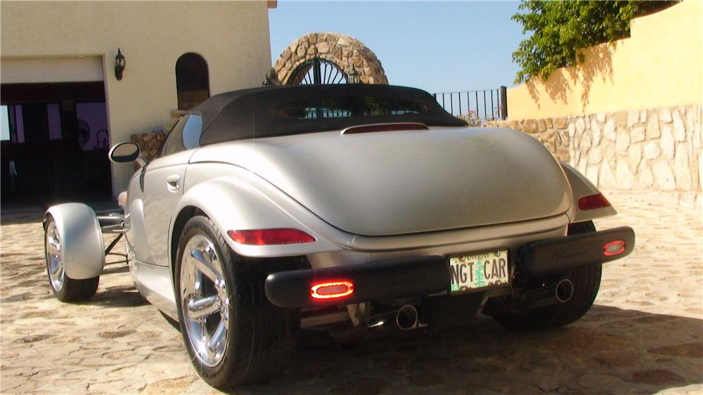 2000 PLYMOUTH PROWLER CONVERTIBLE - Rear 3/4 - 161954