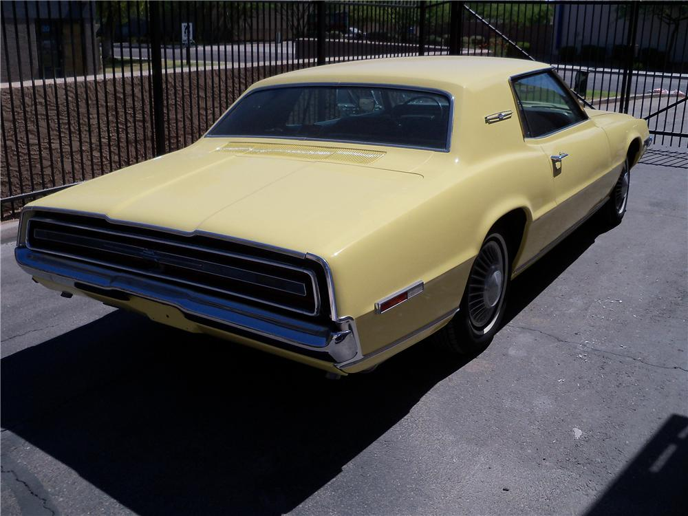 1968 FORD THUNDERBIRD 2 DOOR COUPE - Rear 3/4 - 161970