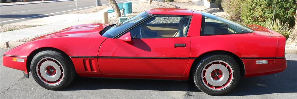 1984 CHEVROLET CORVETTE 2 DOOR COUPE - Side Profile - 161971