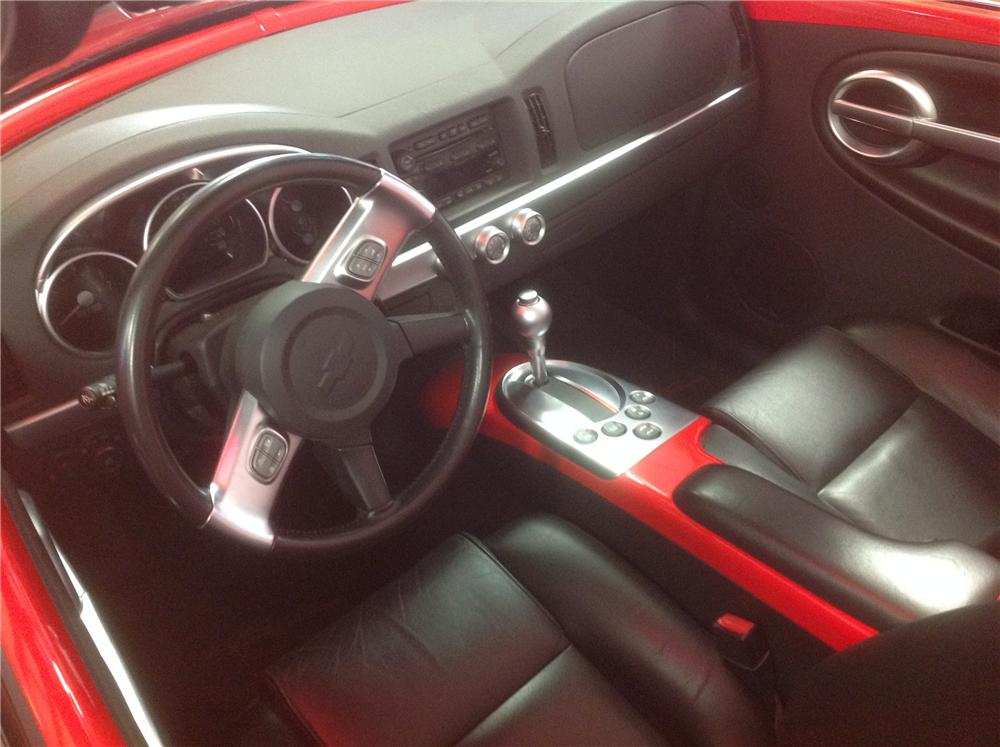 2004 CHEVROLET SSR PICKUP - Interior - 161973