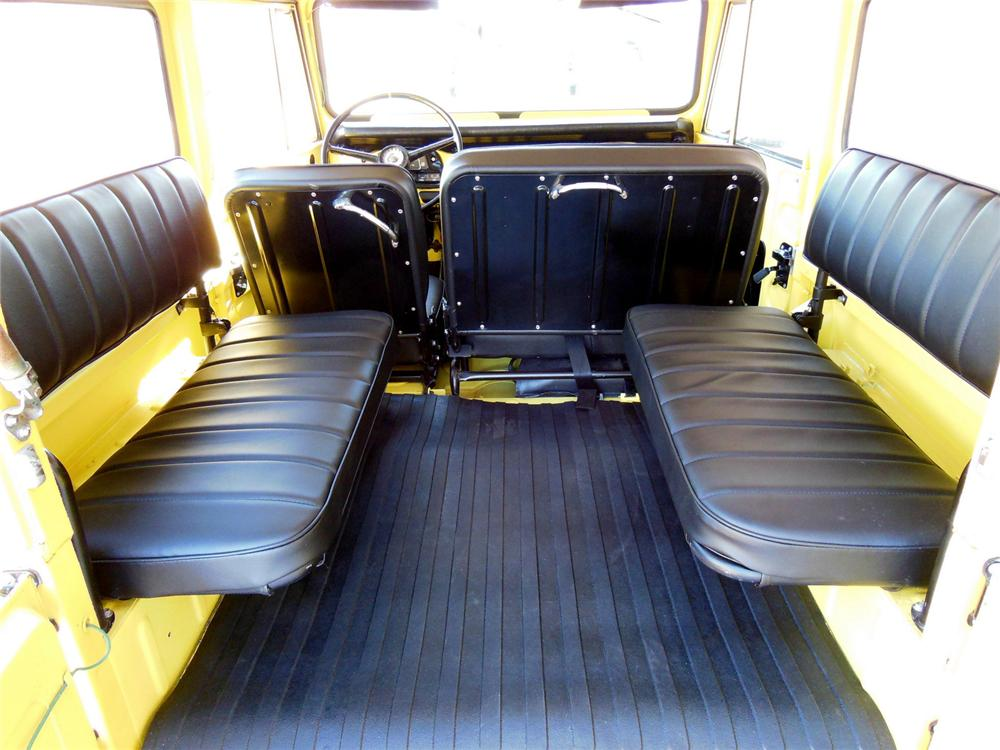 1969 TOYOTA LAND CRUISER FJ-40  - Interior - 161985
