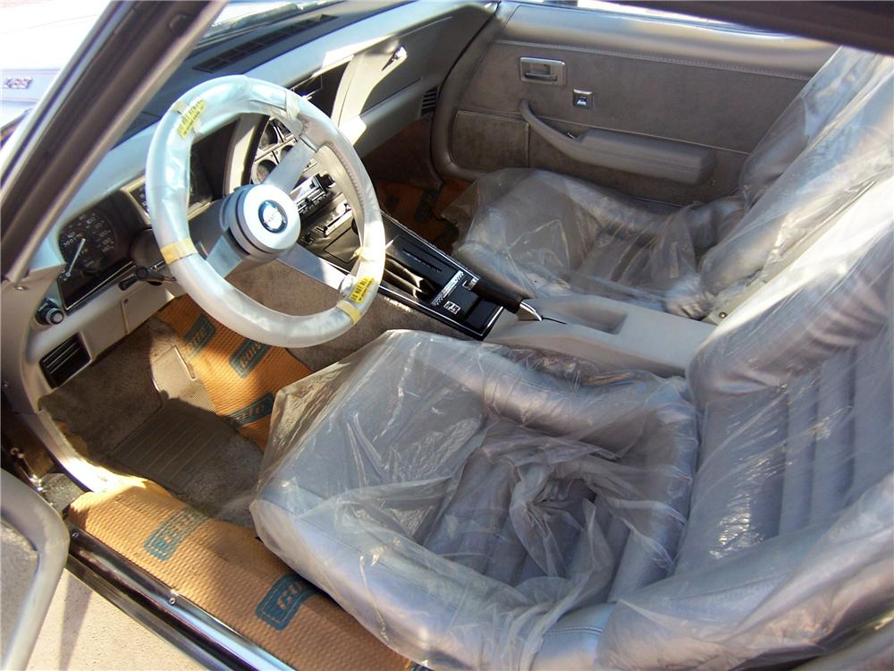 1978 CHEVROLET CORVETTE COUPE - Interior - 161992