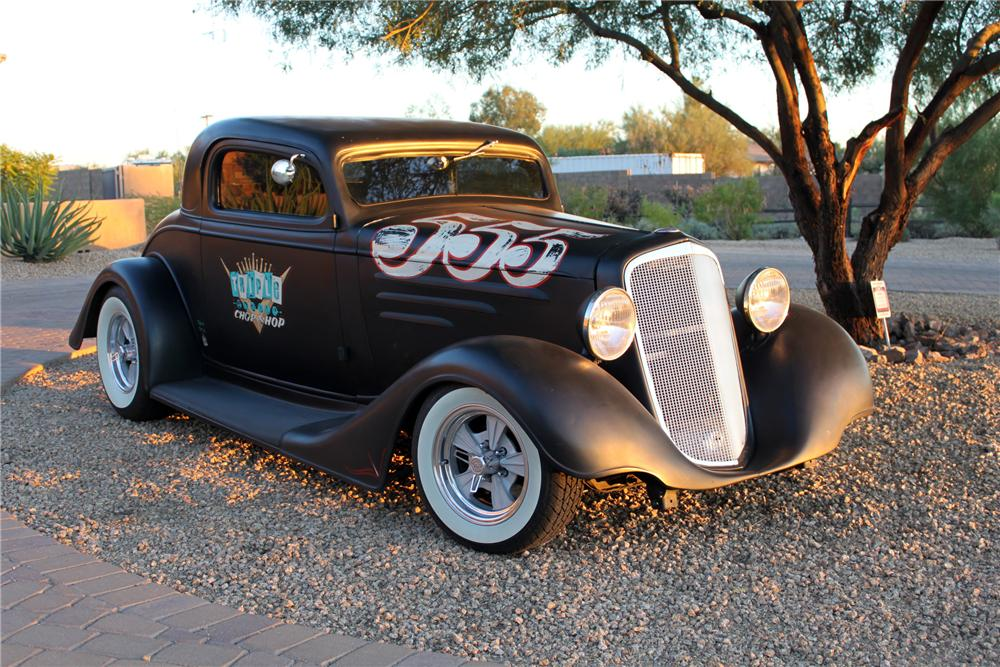 1935 CHEVROLET CUSTOM COUPE - Front 3/4 - 161996