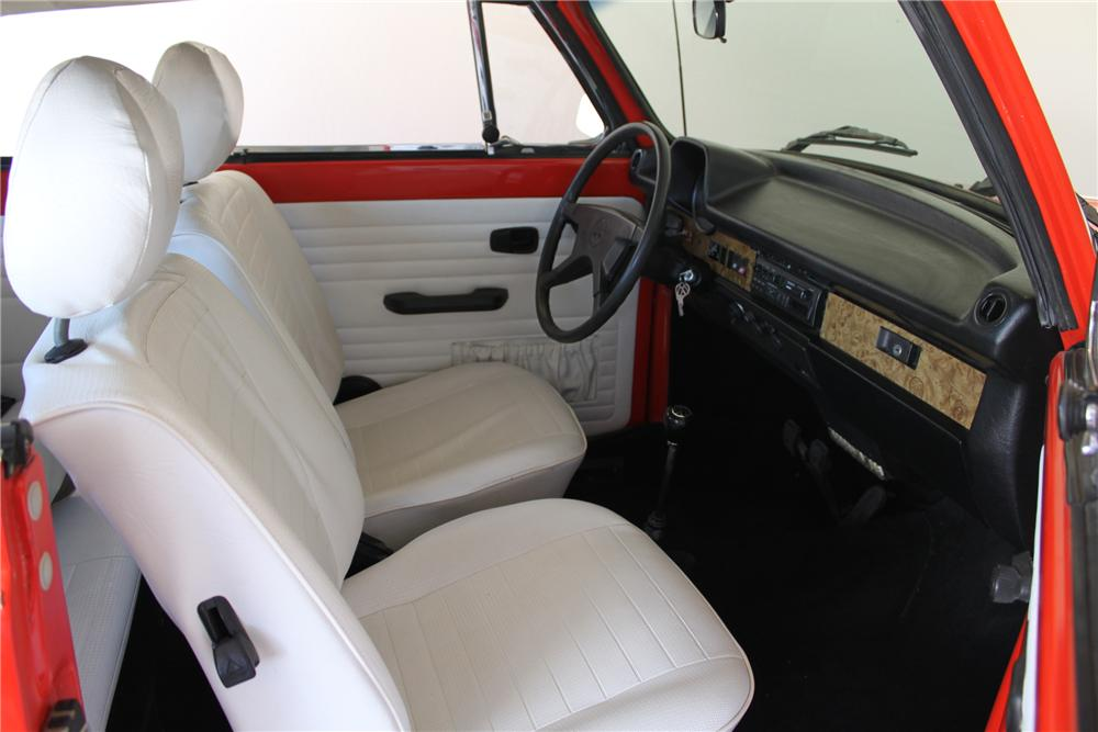 1979 VOLKSWAGEN BEETLE CONVERTIBLE - Interior - 161997