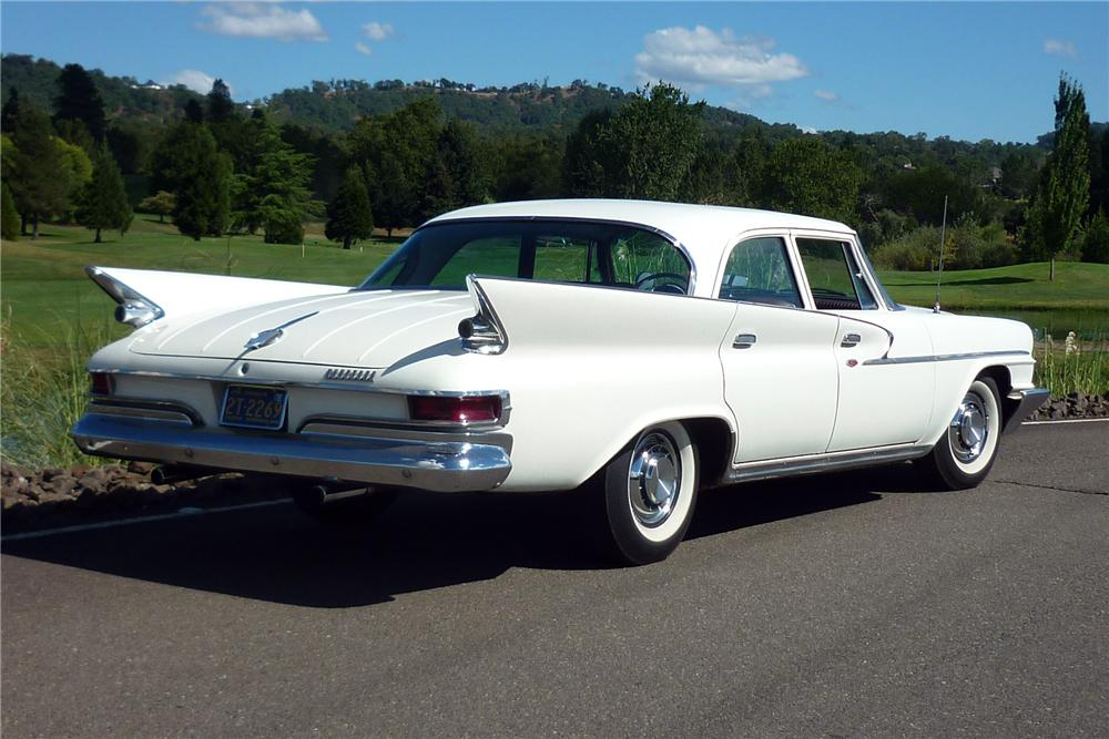 1961 CHRYSLER NEWPORT 4 DOOR SEDAN - Rear 3/4 - 162012