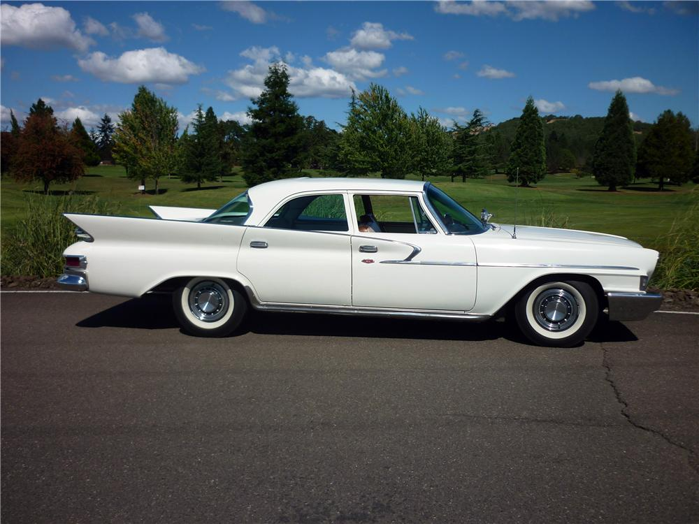 1961 CHRYSLER NEWPORT 4 DOOR SEDAN - Side Profile - 162012