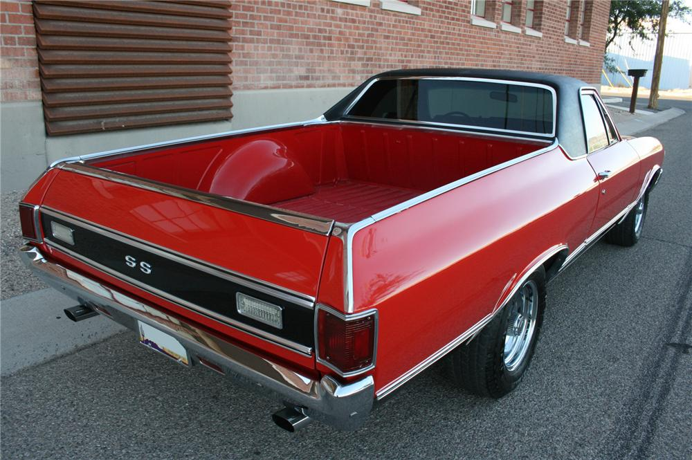 1972 CHEVROLET EL CAMINO CUSTOM PICKUP - Rear 3/4 - 162014