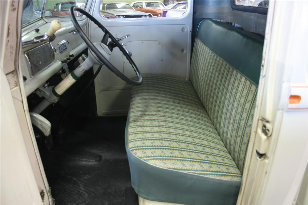 1941 FORD PICKUP - Interior - 162016