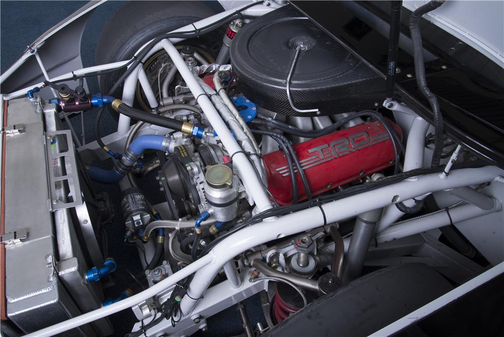 2010 TOYOTA CAMRY NASCAR NATIONWIDE SERIES CAR - Engine - 162022