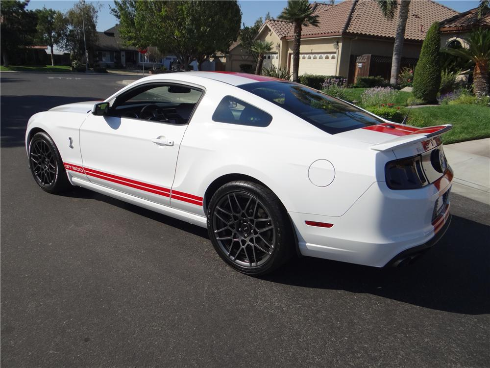 2013 FORD MUSTANG GT500 COUPE - Rear 3/4 - 162028