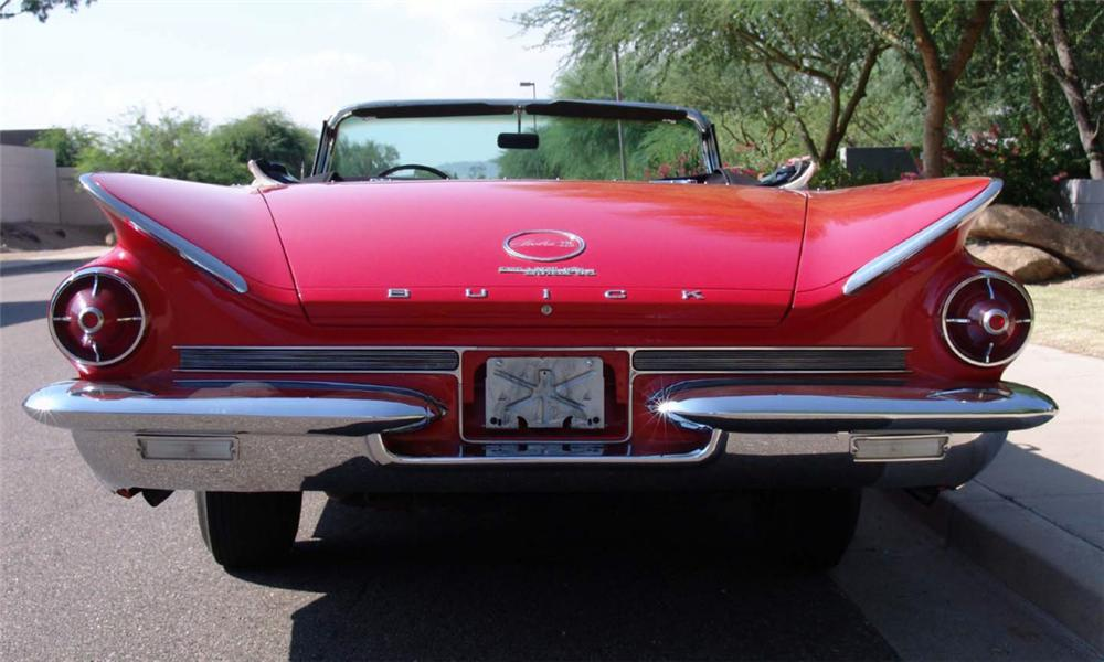 1960 BUICK ELECTRA 225 CONVERTIBLE - Rear 3/4 - 16207