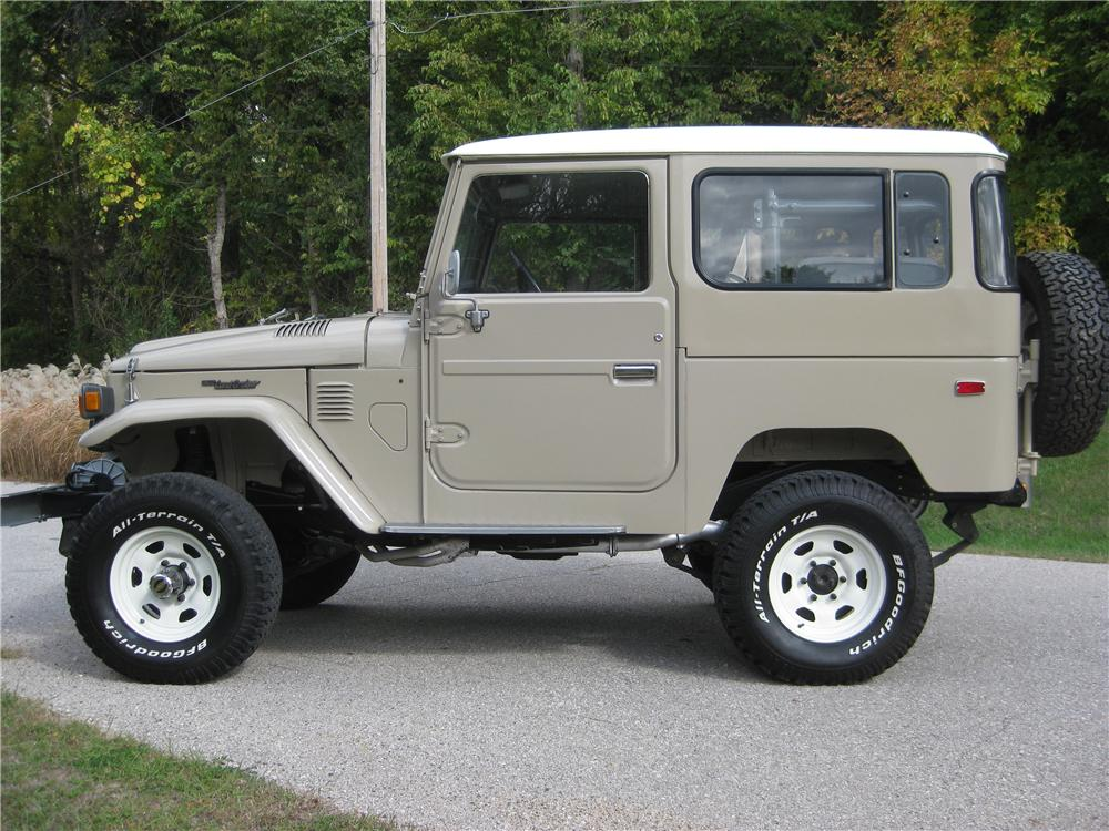 1982 TOYOTA LAND CRUISER FJ-40 SUV - Side Profile - 162136