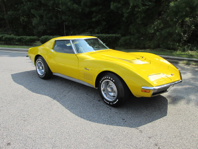 1971 CHEVROLET CORVETTE 2 DOOR COUPE - Front 3/4 - 162147