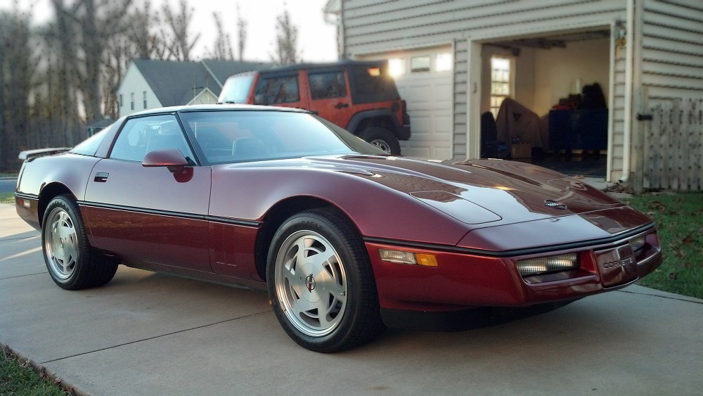 1988 CHEVROLET CORVETTE 2 DOOR COUPE - Front 3/4 - 162161