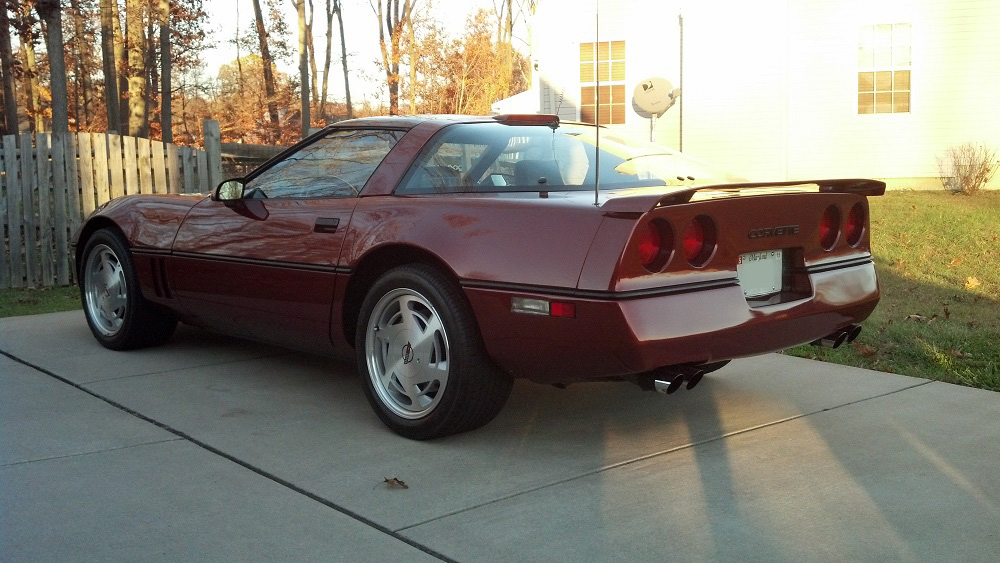 1988 CHEVROLET CORVETTE 2 DOOR COUPE - Rear 3/4 - 162161