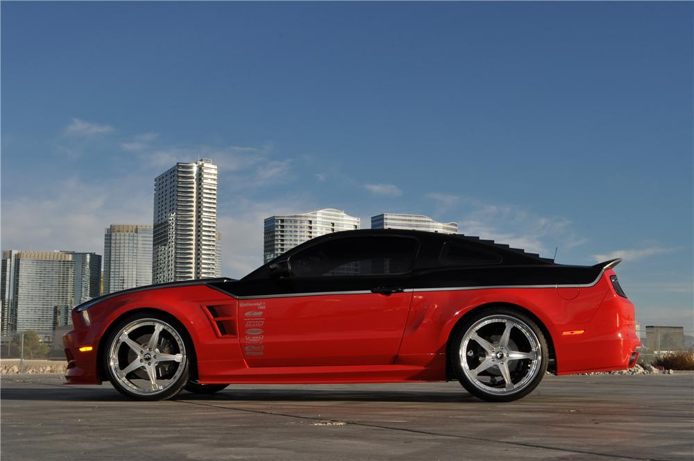 2014 FORD MUSTANG GT CUSTOM FASTBACK - Side Profile - 162175