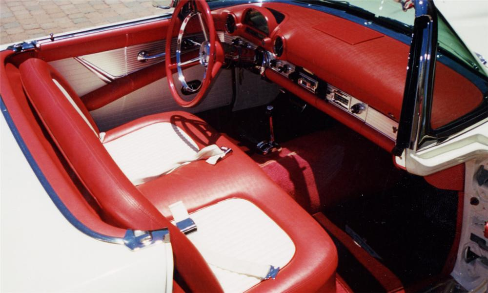 1956 FORD THUNDERBIRD CONVERTIBLE - Interior - 16221