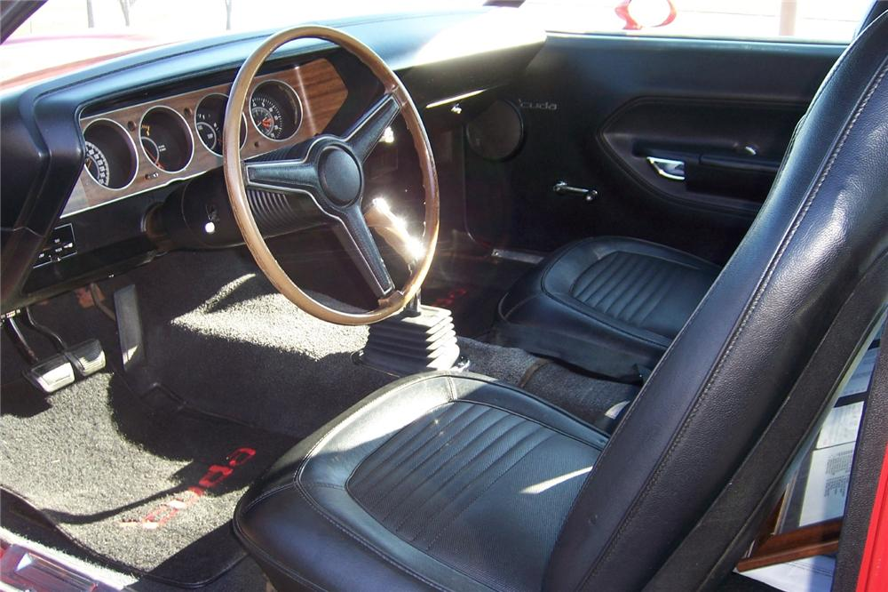1970 PLYMOUTH CUDA 2 DOOR COUPE - Interior - 162227