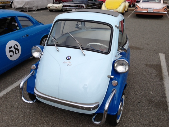 1957 BMW ISETTA CONVERTIBLE - Front 3/4 - 162229
