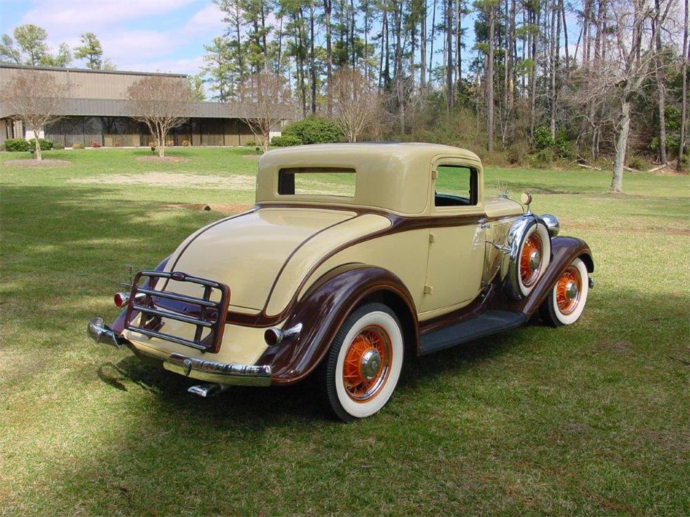 1933 CHRYSLER ROYAL 2 DOOR COUPE - Rear 3/4 - 162230