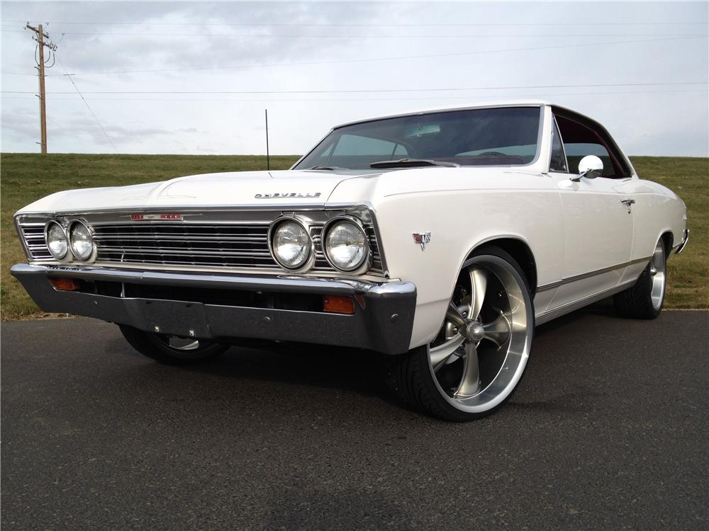 1967 CHEVROLET CHEVELLE CUSTOM 2 DOOR COUPE - Front 3/4 - 162267
