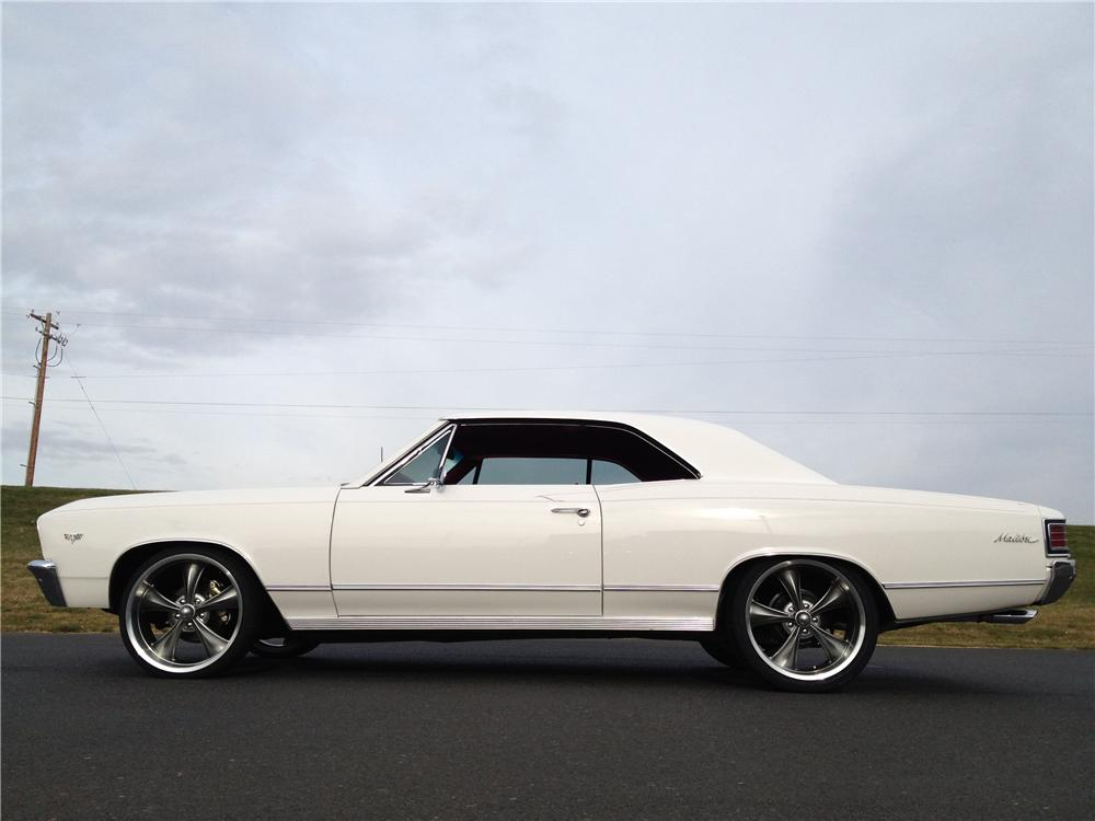 1967 CHEVROLET CHEVELLE CUSTOM 2 DOOR COUPE - Side Profile - 162267
