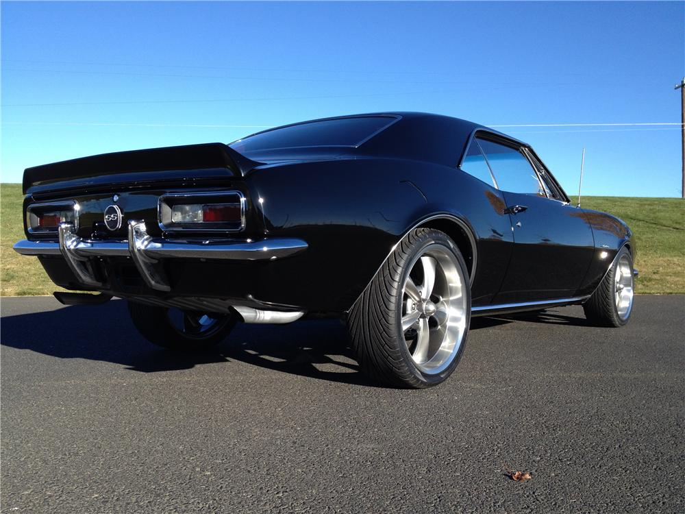 1967 CHEVROLET CAMARO CUSTOM 2 DOOR COUPE - Rear 3/4 - 162274
