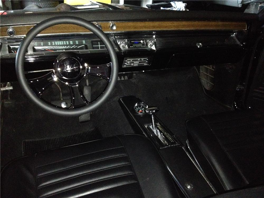 1967 CHEVROLET CHEVELLE CUSTOM 2 DOOR COUPE - Interior - 162275