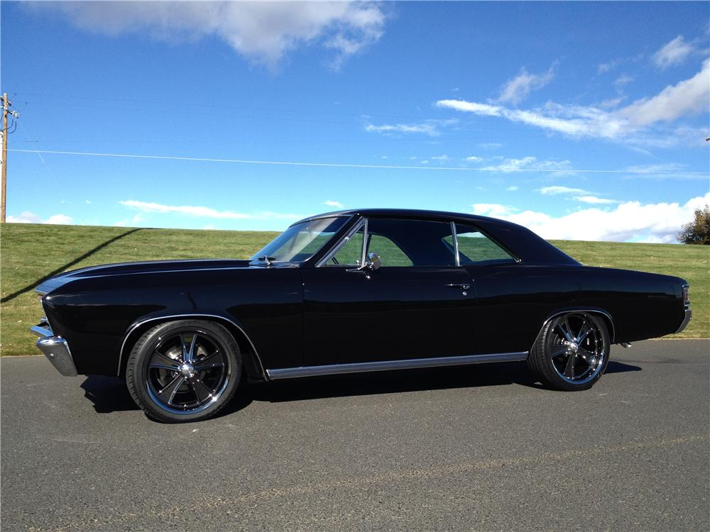 1967 CHEVROLET CHEVELLE CUSTOM 2 DOOR COUPE - Side Profile - 162275