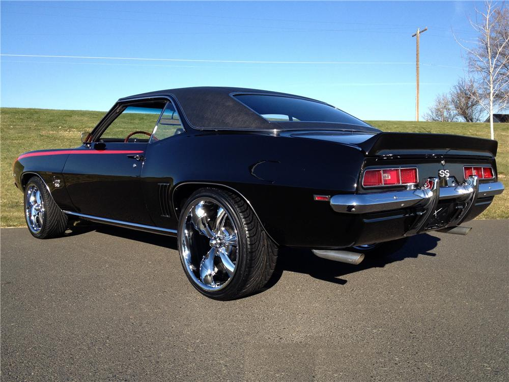 1969 CHEVROLET CAMARO CUSTOM 2 DOOR COUPE - Rear 3/4 - 162288