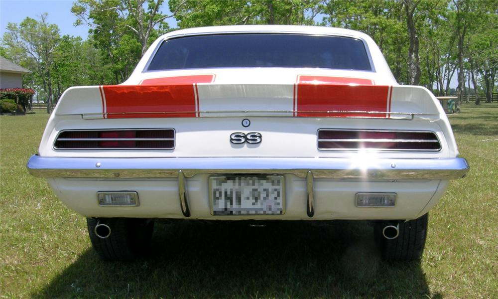1969 CHEVROLET CAMARO Z-10 RS/SS PACE CAR COUPE - Rear 3/4 - 16229