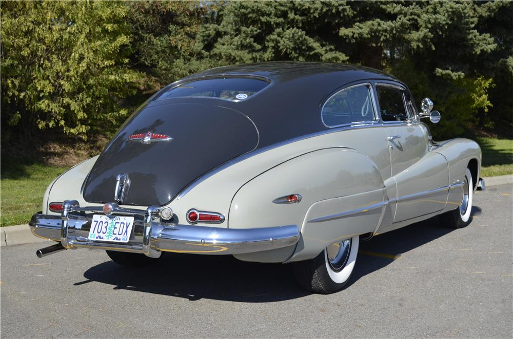 1948 BUICK ROADMASTER 2 DOOR SEDANETTE - Rear 3/4 - 162290