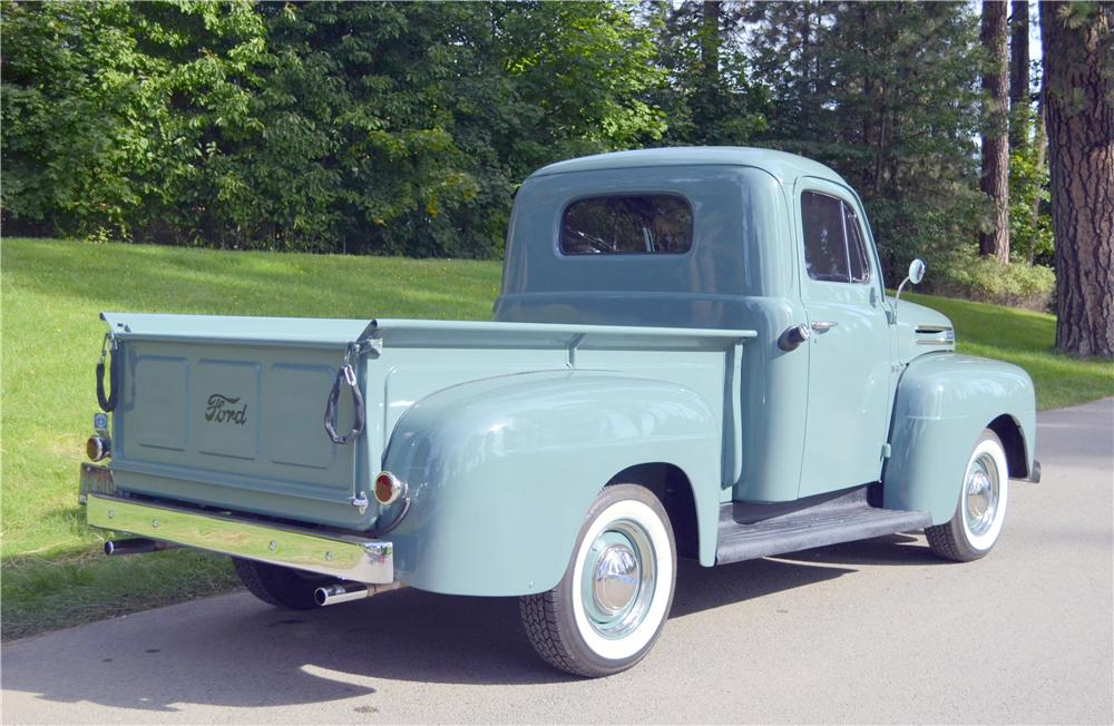 1948 FORD 1/2 TON PICKUP - Rear 3/4 - 162293