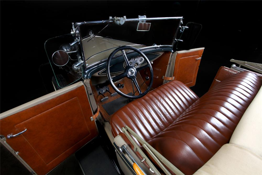 1931 FORD MODEL A ROADSTER - Interior - 162295