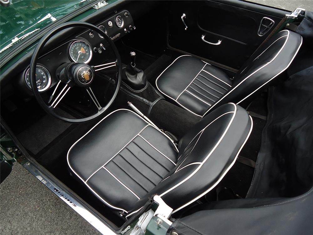 1967 AUSTIN-HEALEY SPRITE MK IV 2 DOOR - Interior - 162300