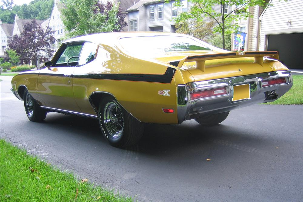 1971 BUICK GSX STAGE 1 2 DOOR COUPE - Rear 3/4 - 162301
