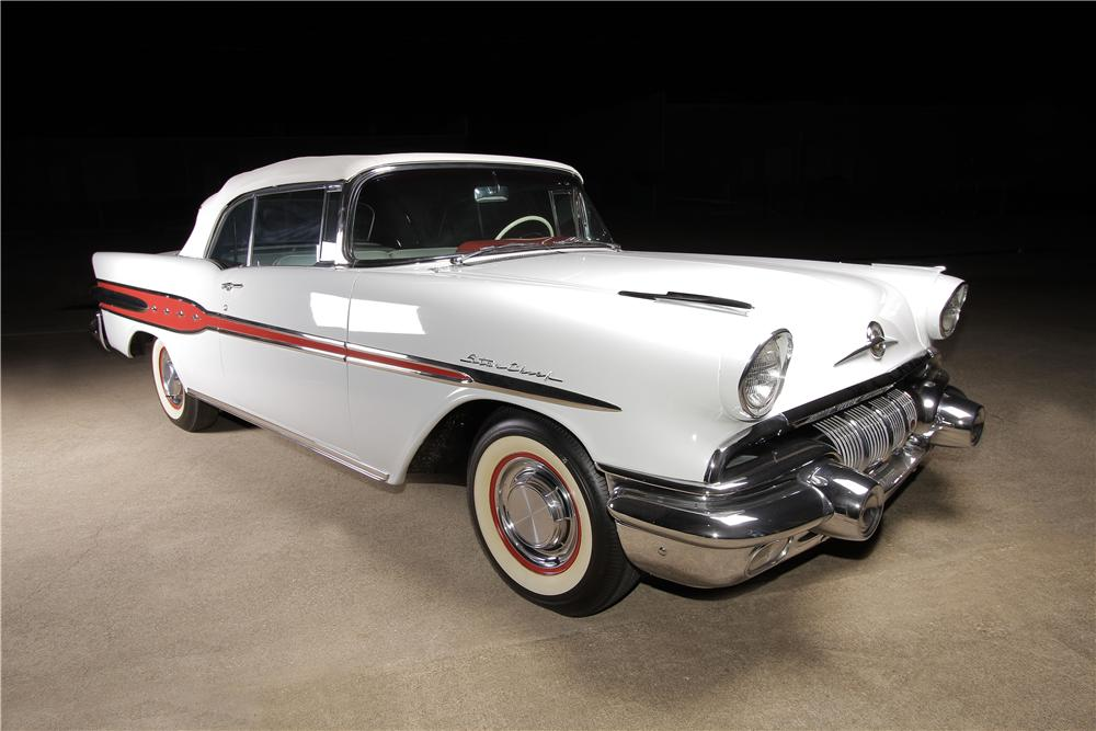 1957 PONTIAC STAR CHIEF CONVERTIBLE - Front 3/4 - 162304