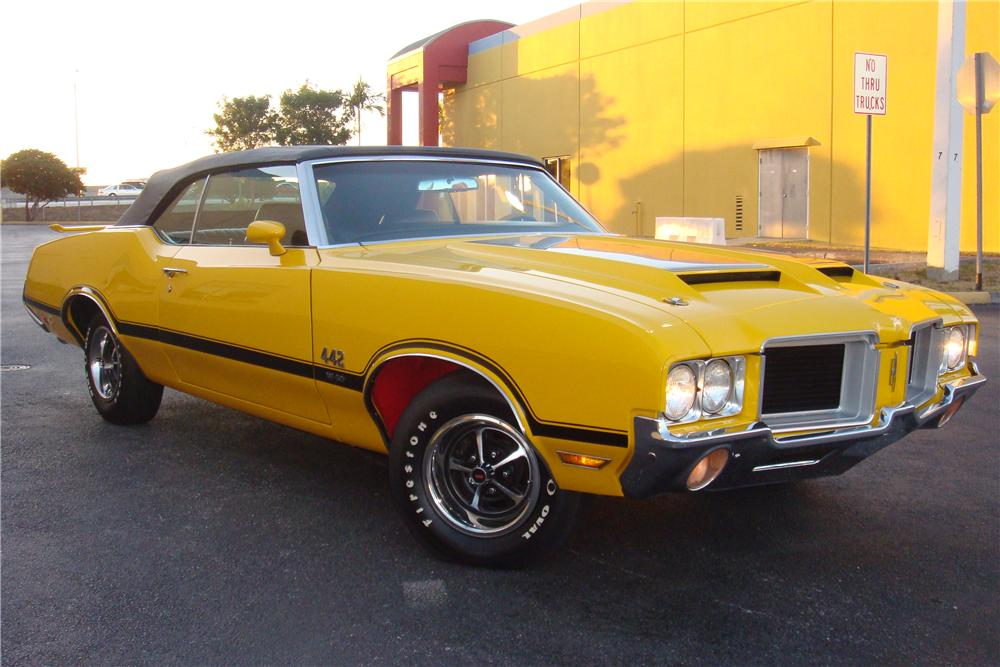 1971 OLDSMOBILE 442 W30 CONVERTIBLE - Front 3/4 - 162308