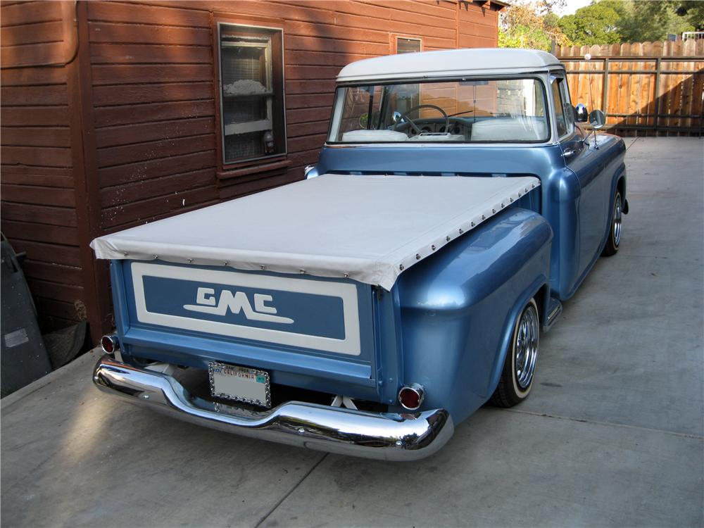 1958 GMC CUSTOM PICKUP - Rear 3/4 - 162316