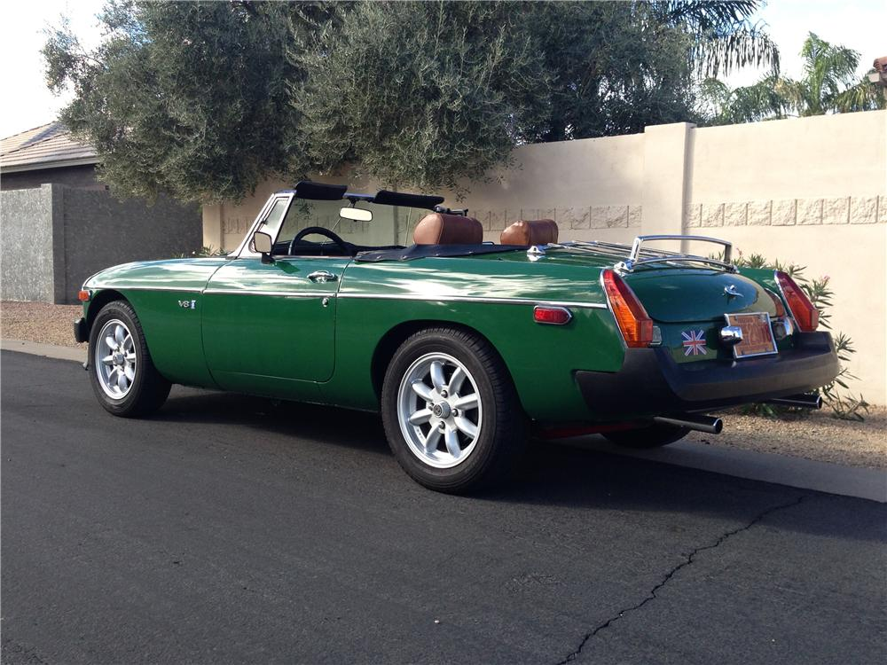 1974 MG B CUSTOM CONVERTIBLE - Rear 3/4 - 162331