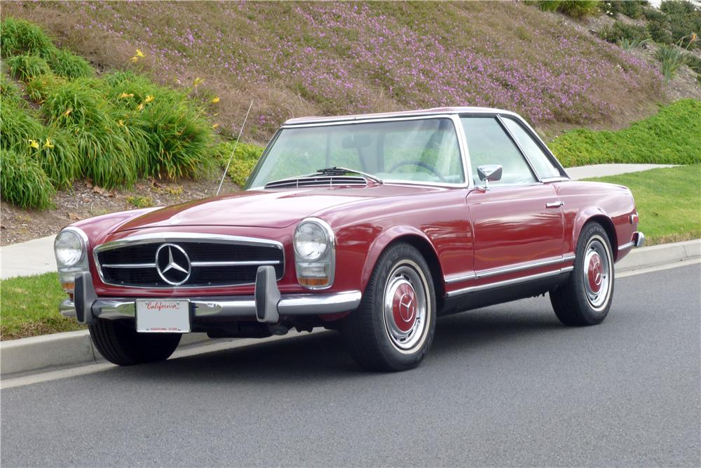 1968 MERCEDES-BENZ 280SL CONVERTIBLE - Front 3/4 - 162346
