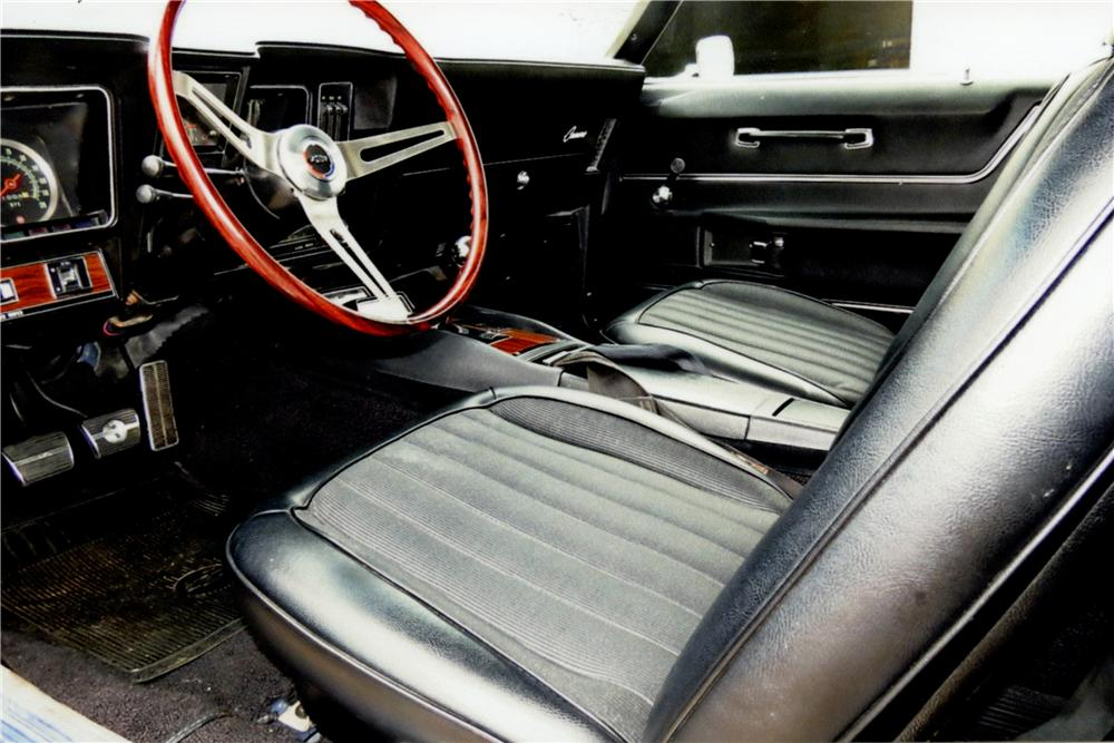1969 CHEVROLET CAMARO Z/28 2 DOOR COUPE - Interior - 162347