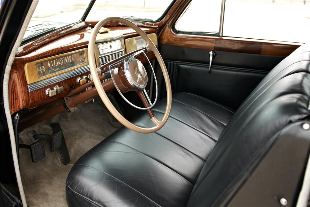 1941 PACKARD CUSTOM SUPER 8 TOURING L - Interior - 162348