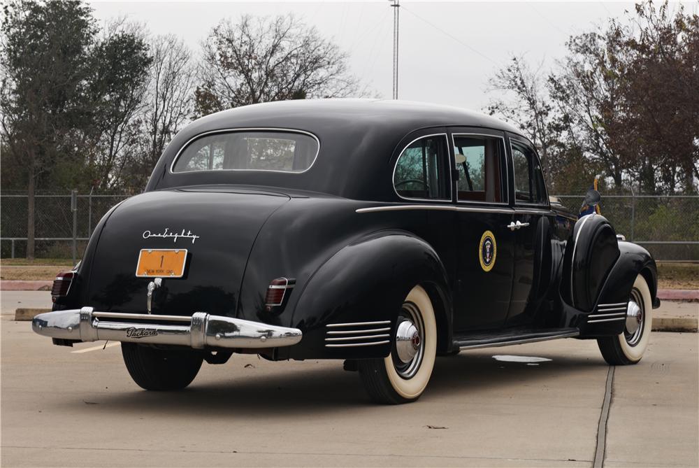 1941 PACKARD CUSTOM SUPER 8 TOURING L - Rear 3/4 - 162348