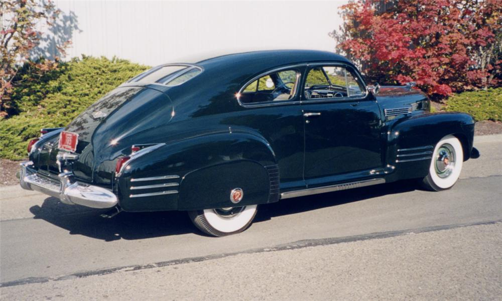 1941 CADILLAC SERIES 61 DELUXE 2 DOOR SEDANETTE - Rear 3/4 - 16236