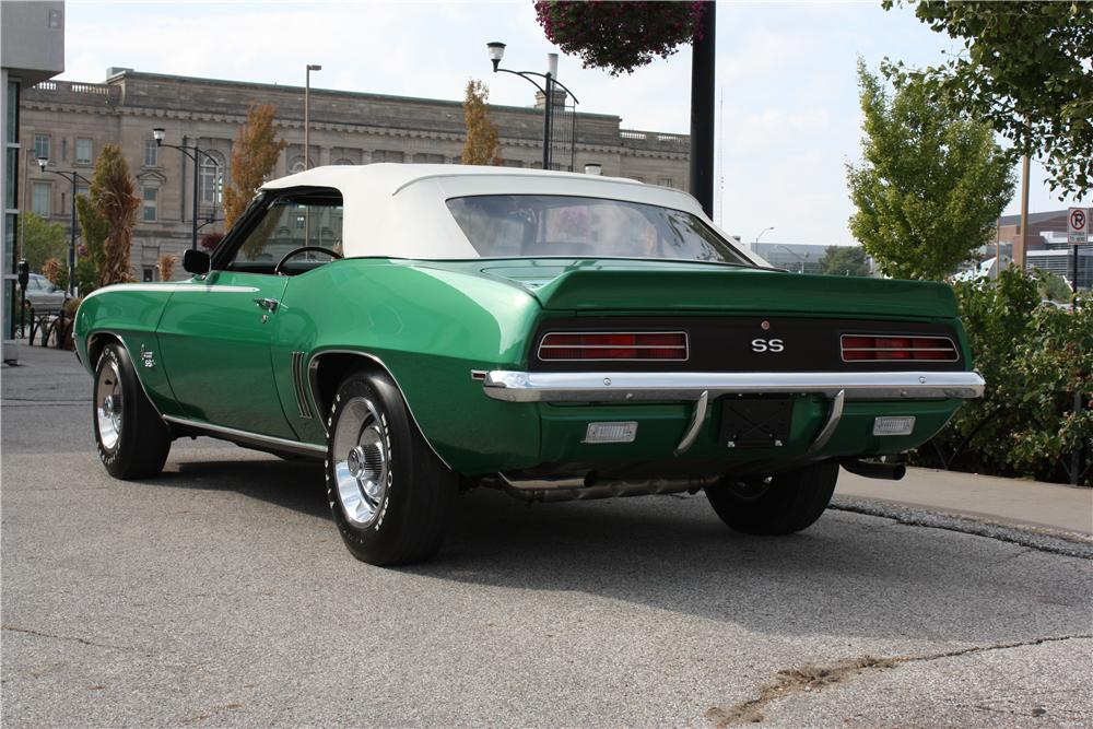 1969 CHEVROLET CAMARO RS/SS CONVERTIBLE - Rear 3/4 - 162360