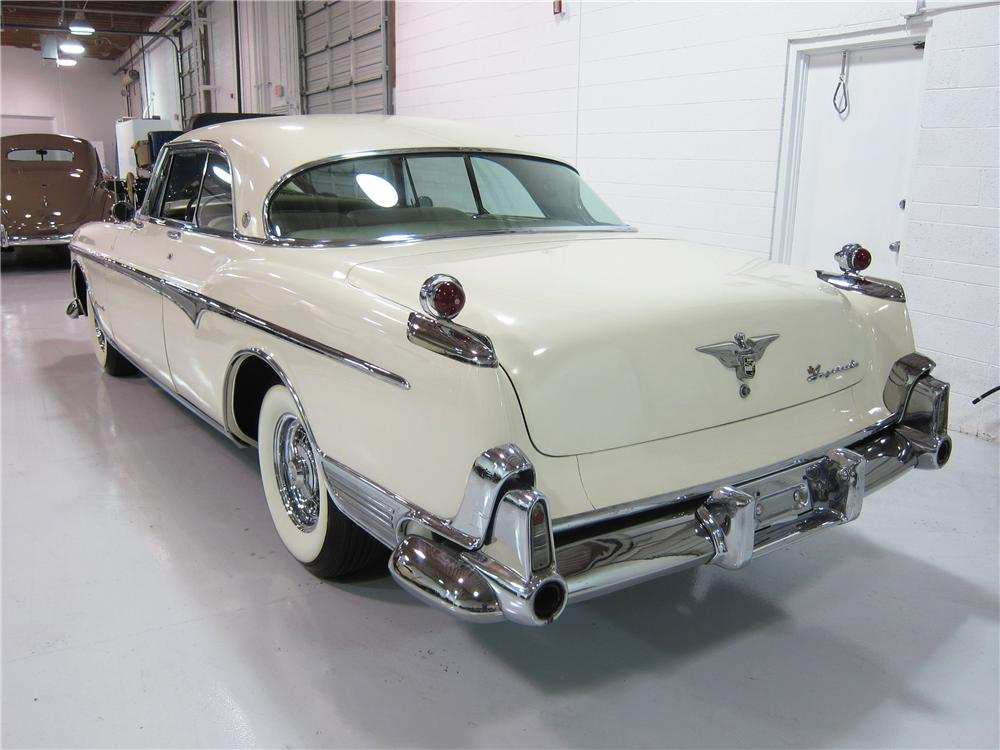 1955 CHRYSLER IMPERIAL 2 DOOR HARDTOP - Rear 3/4 - 162373